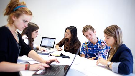 Diplomatura Bachelor in Management - Grado en Negocios Internacionales