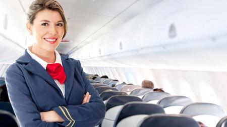 Requisitos para ser Azafata de vuelo. Como ser auxiliar de vuelo o TCP