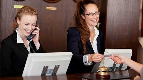 Curso Recepcionista de Hotel + Prácticas en Hotel 4-5 Estrellas