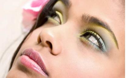 Curso online de Técnicas de Maquillaje: Best Seller en Estados Unidos.