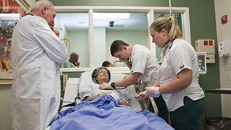 Curso Online de Preparación de Oposiciones Auxiliar de Enfermería de Aragón