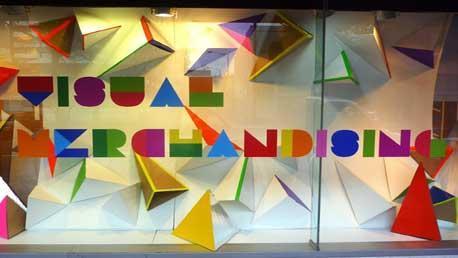 Curso escaparatismo y visual merchandising presencial en for Donde estudiar diseno de interiores en espana